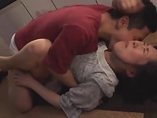 Jealous stepson wants alongside bonk his mother