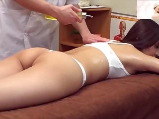 Japanese Massage Therapist